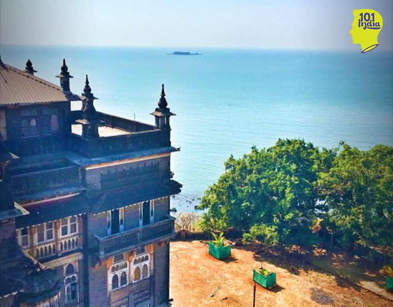 Janjira Palace and the fort in the Arabian sea