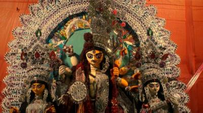 I Attended My First Transgender Durga Puja In The Middle Of Asia's Most Notorious Red Light Area Thumbnail