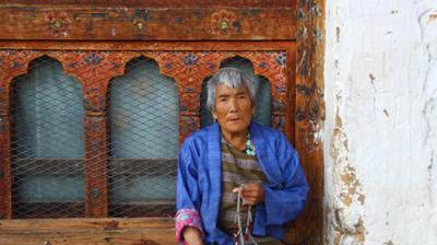 Marijuana Used As Pig Feed, Phallus Themed Graffiti, Dizzying Hot Stone Baths. My Action Packed Bhutan Trip thumbnai