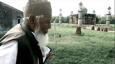 Meet The Retired Postmaster Who Built A Taj Mahal For His Beloved Wife Thumbnail