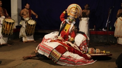 The Delightful, Gruesome, Tarantino-esque Art Of Kathakali