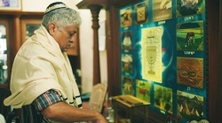 The Lone Caretaker Of Kochi's Centuries Old Jewish Synagogue | 101 Traces